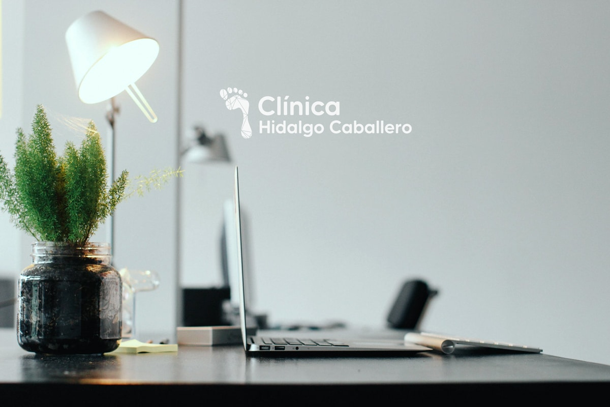 Logotipos para clínicas podológicas